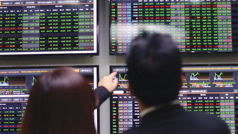 Thị trường chứng khoán: Tháng 9, kỳ vọng vượt ngưỡng 900 điểm