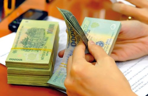 Văn thư, kế toán có được khoán công tác phí theo tháng?