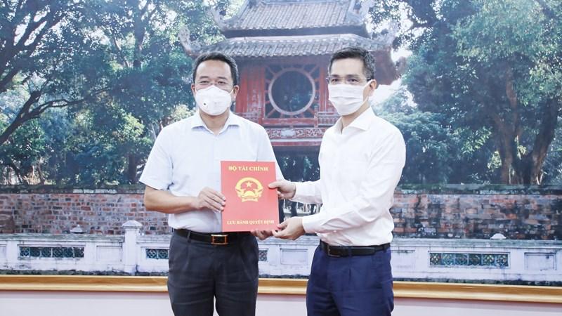 Bộ Tài chính trao quyết định bổ nhiệm lãnh đạo Vụ I và Vụ Thi đua khen thưởng