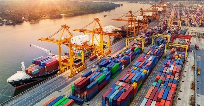Xuất khẩu giúp Việt Nam hồi phục kinh tế nhanh hơn