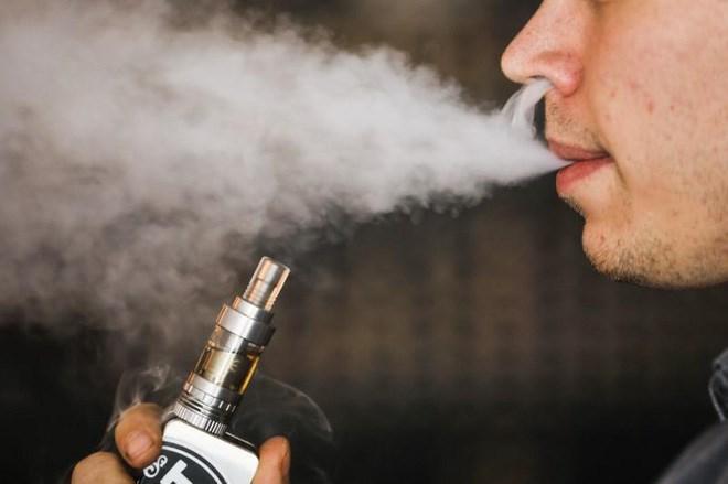 Thuốc lá điện tử gây ung thư phổi