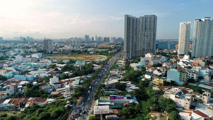 Thị trường bất động sản TP. Hồ Chí Minh trước nguy cơ suy giảm