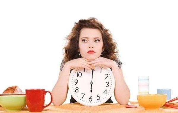 Nhịn ăn sáng không giúp giảm cân lành mạnh