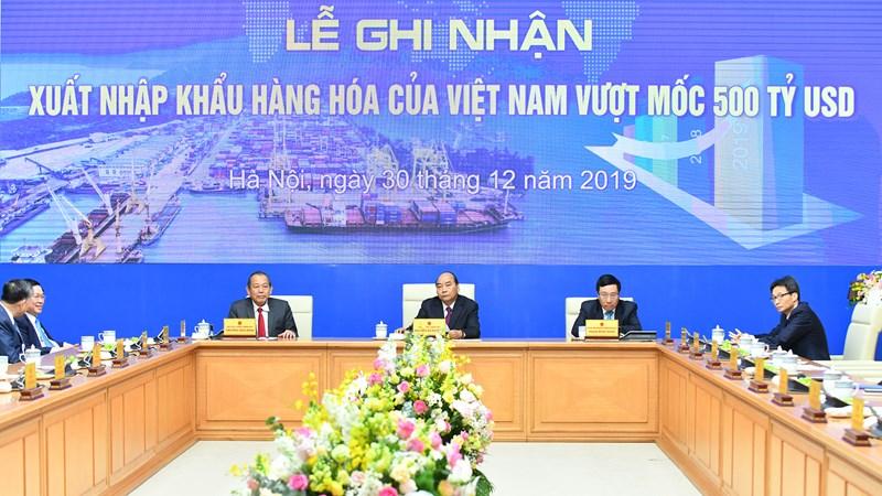 Trị giá xuất nhập khẩu của Việt Nam liên tục trong Top 30 thế giới