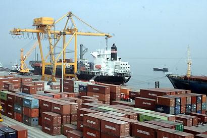Xuất khẩu cả năm 2013 ước tăng 15,3%, đạt 132 tỷ USD