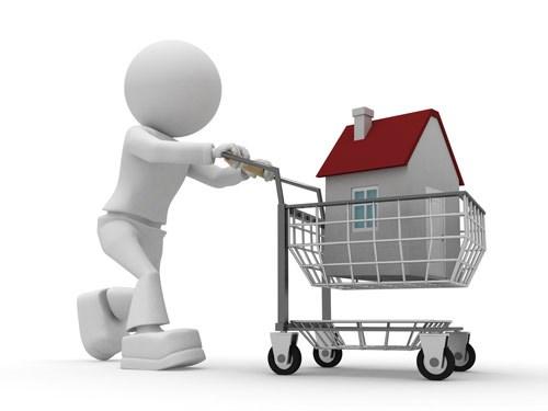 Người rút tiền ngân hàng mua nhà tăng mạnh