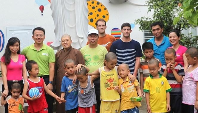 Tập đoàn Bảo Việt: Hành trình Kết nối yêu thương – Sẻ chia Niềm tin tại Chùa Bồ Đề, Hà Nội