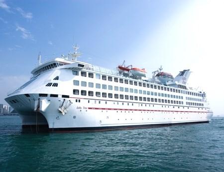 Trung Quốc mở tour du lịch trái phép tới Hoàng Sa của Việt Nam