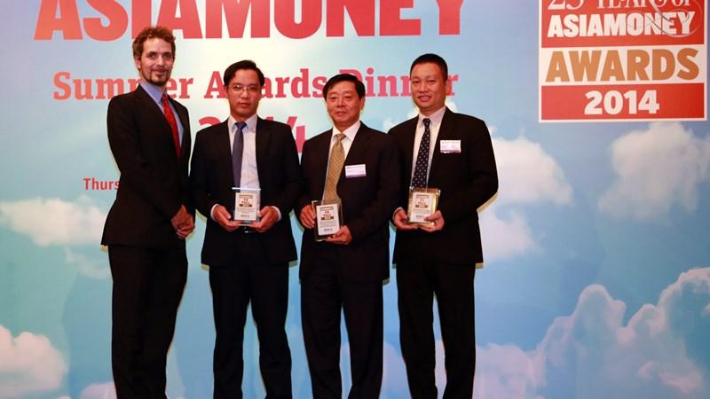 """BIDV lần thứ 5 nhận giải """"Ngân hàng cung cấp sản phẩm, dịch vụ ngoại hối tốt nhất Việt Nam"""""""