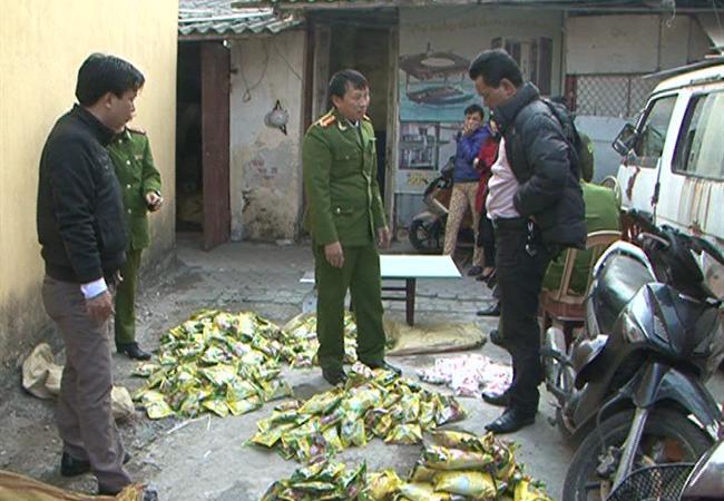Bắt giữ 7 tấn bột ngọt do Trung Quốc sản xuất