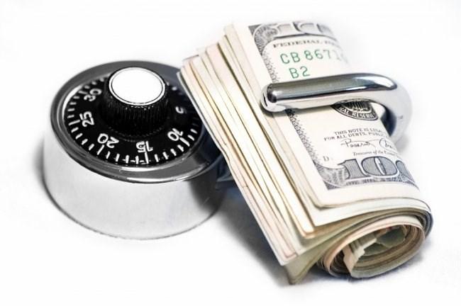 Bộ nguyên tắc cơ bản phát triển hệ thống bảo hiểm tiền gửi hiệu quả và đề xuất cho Việt Nam