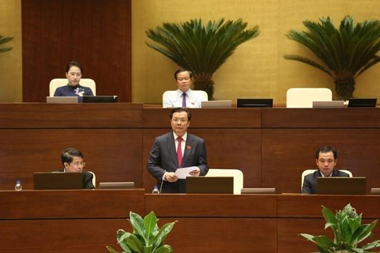 Bộ trưởng Đinh Tiến Dũng làm rõ nhiều vấn đề về quản lý, sử dụng tài sản công