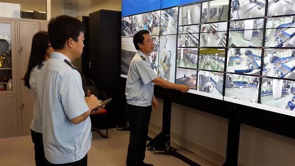 Từng bước triển khai quản lý, giám sát hàng hóa tại cảng hàng không