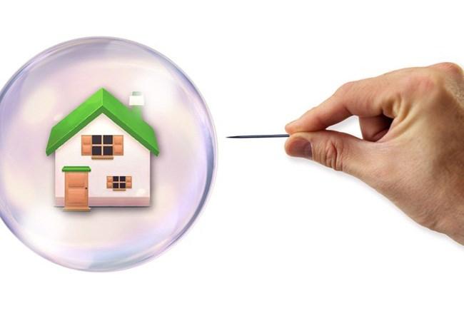 """Cuối 2017 cho đến 2018 có xảy ra """"bong bóng"""" bất động sản?"""