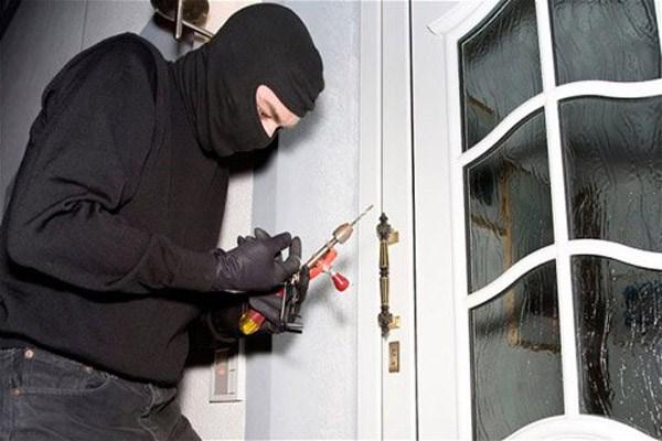 Lưu ý khi làm nhà để phòng chống trộm cắp