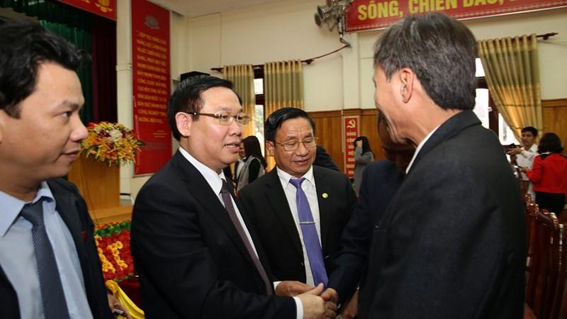 Phó Thủ tướng Vương Đình Huệ tiếp xúc cử tri tại Đức Thọ