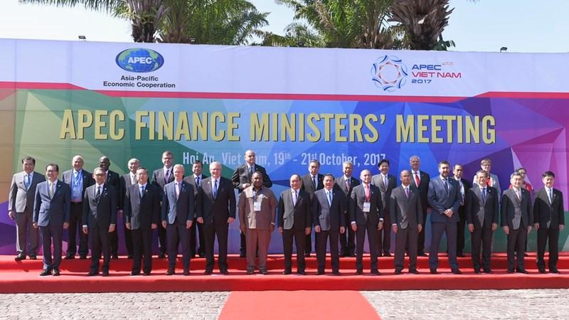 FMM 2017: Cam kết hợp tác quốc tế về kinh tế - tài chính