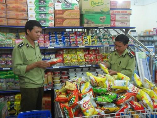 Mở đợt cao điểm chống buôn lậu, hàng giả dịp Tết Nguyên đán 2018
