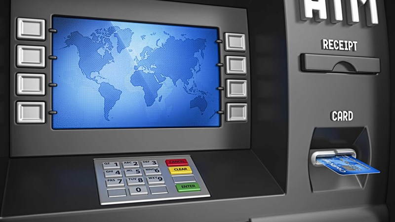 Làm gì để giao dịch an toàn và thuận tiện trên máy ATM trong dịp Tết?