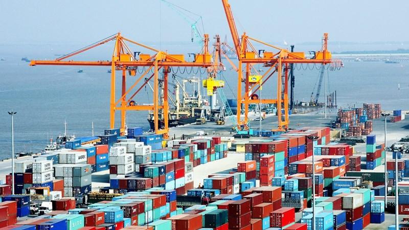 Tết 2018: Kim ngạch xuất nhập khẩu tăng mạnh 47%