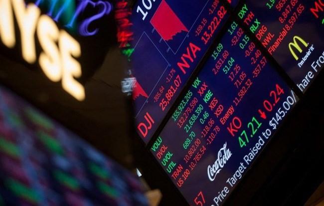 Thị trường đỏ lửa vì chiến tranh thương mại, đâu là hầm trú ẩn cho nhà đầu tư?