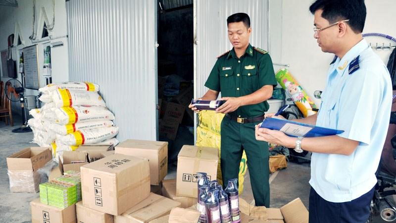 2 tháng, hải quan triệt phá 1.923 vụ buôn lậu, gian lận thương mại