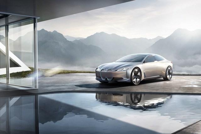 BMW i4 sẽ sớm có mặt trên thị trường