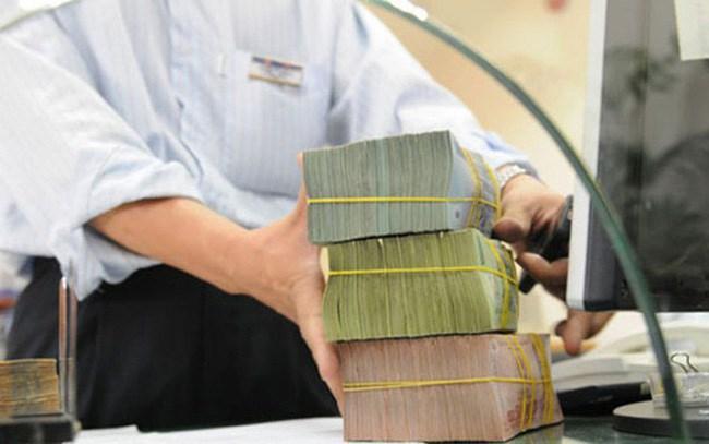 Nhiều ngân hàng mở dịch vụ kiểm tra số dư sổ tiết kiệm
