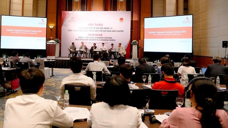 Triển vọng kinh tế ASEAN+3: Tăng trưởng bền vững trong một thế giới đang biến chuyển