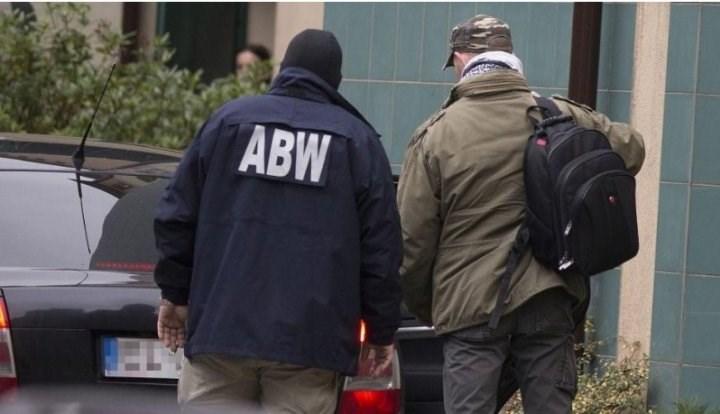 Ba Lan bắt giữ 4 nhân viên ngân hàng vì nghi ngờ giúp người Việt rửa hàng tỷ USD