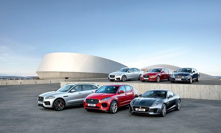 Doanh nghiệp ô tô: Cuộc đua trên hệ thống phân phối