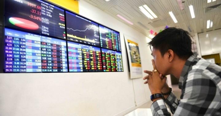 Chiến tranh thương mại xảy đúng tháng Ngâu, VN-Index sẽ ra sao?