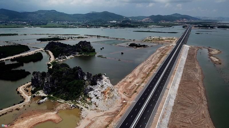 Cú hích cho bất động sản nghỉ dưỡng Quảng Ninh bứt phá