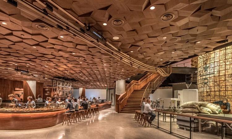 Có gì bên trong quán cà phê Starbucks lớn nhất thế giới tại Thượng Hải?
