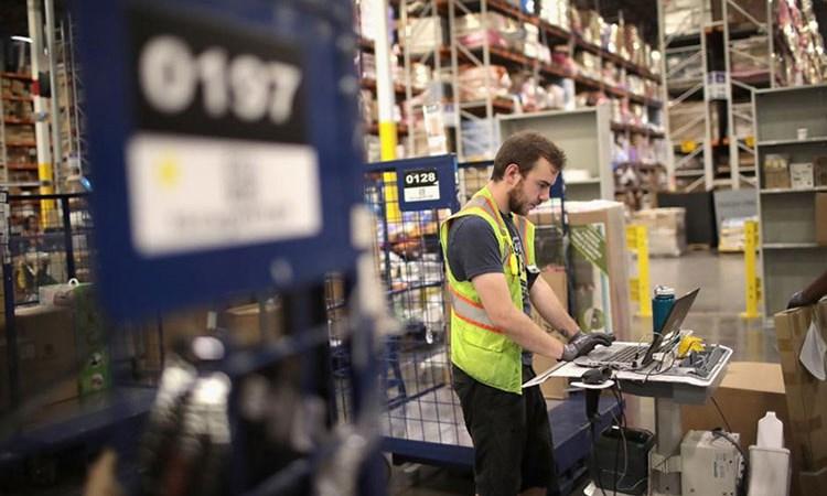 Tăng trưởng tiền lương Mỹ lên cao nhất trong 9 năm qua