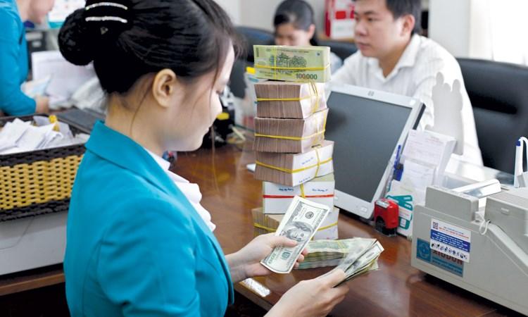 Ngân hàng thay phiên tìm vốn ngoại tệ