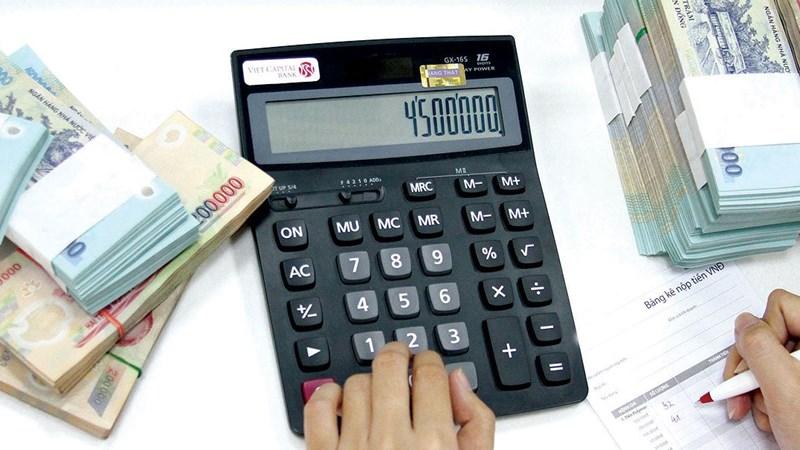 Nới tín dụng, lo lạm phát