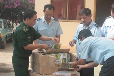 Ngành Hải quan được xử phạt hành vi xuất nhập khẩu, buôn bán hàng giả tối đa 100 triệu đồng