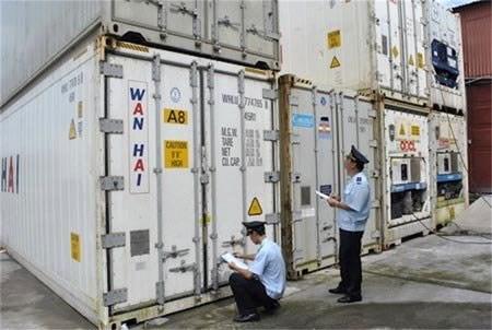Hướng dẫn thực hiện quản lý với hoạt động kinh doanh tạm nhập tái xuất, chuyển khẩu và gửi kho ngoại quan