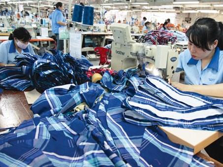 Nâng cao hiệu quả kiểm soát nội bộ trong các doanh nghiệp dệt may Việt Nam
