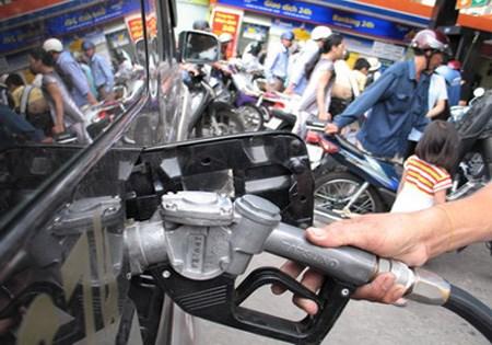 Sai phạm trong kinh doanh xăng dầu: Chỉ xử lý việc đã rồi sẽ không giải quyết được vấn đề
