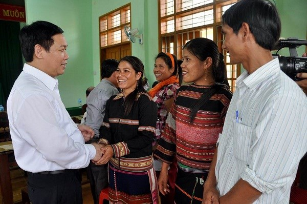 Đại biểu Quốc hội Vương Đình Huệ tiếp xúc cử tri xã vùng cao tại Bình Định