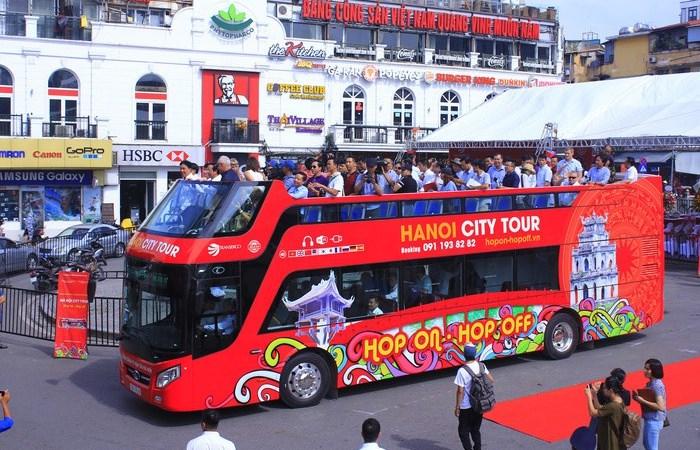Ra mắt xe Bus 2 tầng Vietnam Sightseeing tại Hà Nội