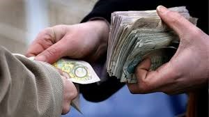 Góp phần hạn chế các trường hợp chuyển tiền bất hợp pháp qua các trung gian