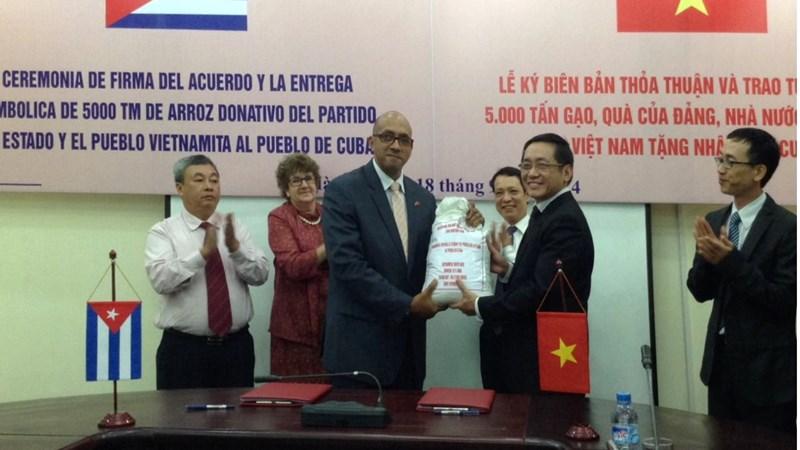 Vun đắp tình hữu nghị Việt Nam – Cuba