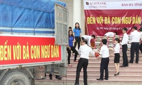 Agribank hỗ trợ khách hàng chịu thiệt hại do thủy, hải sản chết hàng loạt tại các tỉnh miền Trung