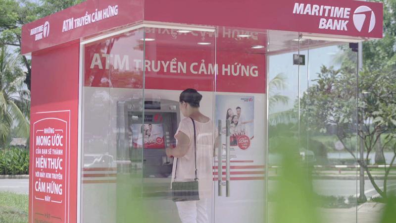 """Maritime Bank gây bất ngờ với """"Cây ATM biết nói"""""""