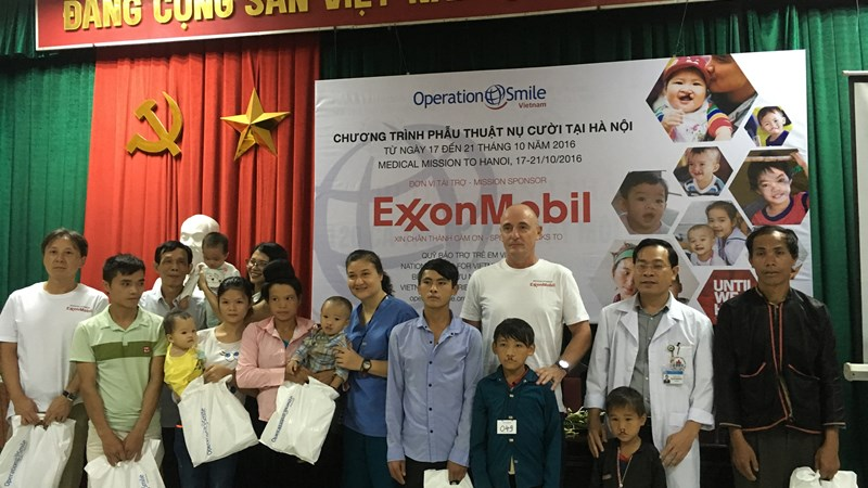 80.000 USD tài trợ cho chương trình vì nụ cười trẻ thơ