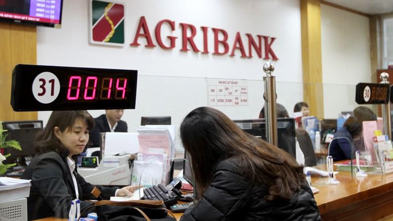 Agribank lọt vào TOP 10 ngân hàng thương mại Việt Nam uy tín