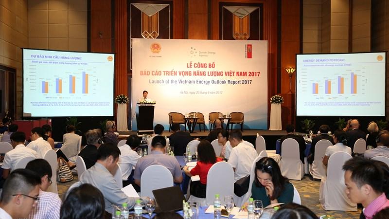 Góp phần định hướng phát triển năng lượng Việt Nam bền vững